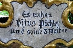Chlausgesellschaft.ch Neuenhof Ausflug 2013 Museumsfriedhof Tirol (1)