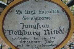 Chlausgesellschaft.ch Neuenhof Ausflug 2013 Museumsfriedhof Tirol (15)