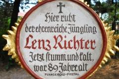 Chlausgesellschaft.ch Neuenhof Ausflug 2013 Museumsfriedhof Tirol (7)