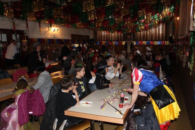Chlausgesellschaft.ch Kinderball Neuenhof 2013 (12)